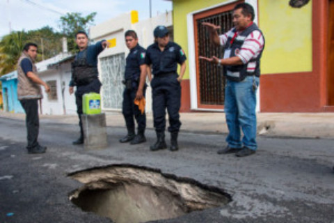 Sinkhole Discovered in Downtown Cozumel