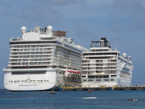 Cozumel Cruise Ship Piers Arrivals